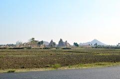 campos y la India caprichosos de las colinas del countgryside Imagen de archivo libre de regalías