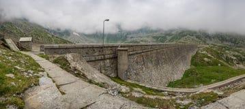 Camposecco-Verdammung, Piemont, Italien stockbilder