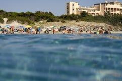 Campulongu plaża Włochy, Sierpień, - 28: Campulongu plaża w Villasi Obraz Stock