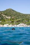 Campulongu strand, Italien - Augusti 28: Campulongu strand i Villasi Royaltyfria Bilder