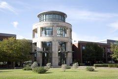 Campus agradable de la universidad del condado de Tarrant imágenes de archivo libres de regalías