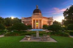Campus d'université Photos libres de droits