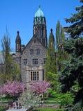 Campus gótico de la universidad del estilo Imagenes de archivo