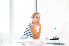 On campus - pretty, female student Royalty Free Stock Photos