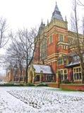 Campus von Leeds-Universität im Winter Stockfotos