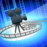 Camra y filmstrip de la película en fondo azul Imagen de archivo
