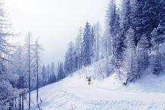 Cañón para la nieve artificial Imágenes de archivo libres de regalías