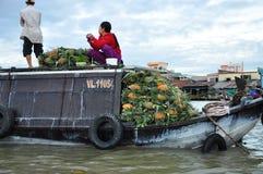 Can Tho Vietnam Marknadsfartyg i den Mekong deltan Royaltyfri Foto