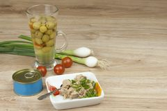Can of tuna, a healthy meal with vegetables Royalty Free Stock Photography