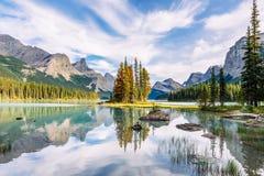 Free Canada, Alberta, Jasper National Park, Maligne Lake And Spirit Island Stock Images - 166268374