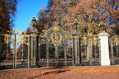 Canada Gate. The Canada Gate, an entrance to Green park at Buckingham Palace was presented to London, by Canada as part of the memorial scheme to Queen Victoria Stock Photography