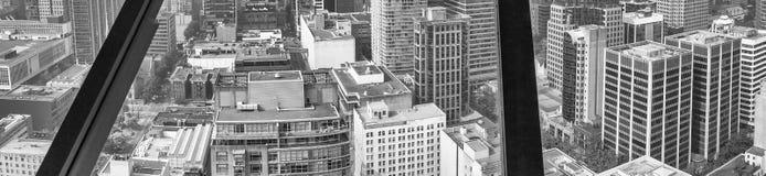canada Vancouver Widok z lotu ptaka miasto linia horyzontu przez nadokiennego gl Zdjęcie Stock