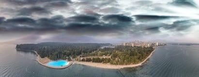 canada Vancouver Zmierzchu panoramiczny widok z lotu ptaka od Stanley normy Zdjęcia Royalty Free