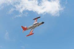 Canadair som skjuter StarCT-133 på skärm Arkivfoton