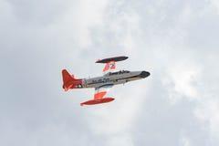 Canadair tirant StarCT-133 sur l'affichage Photo libre de droits