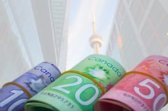 Canadese Dollarscn Torenachtergrond Stock Foto's