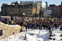 Canadezen protesteren opschorting van het Parlement Stock Fotografie