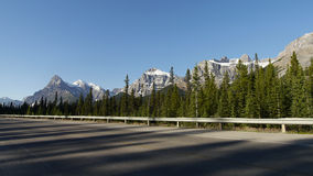 Canadian Rockies - Icefields parkway road Stock Photography