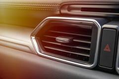 Canais de ar dos condicionadores de ar nos carros foto de stock royalty free