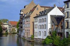 Canais de Strasbourg em França fotografia de stock