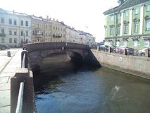 Canais e pontes em St Petersburg fotos de stock