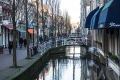 Canais na louça de Delft Imagens de Stock