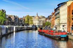 Canal à Amsterdam Photographie stock libre de droits
