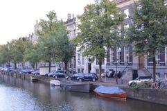 Canal à Amsterdam images libres de droits