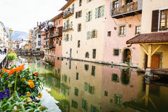 Canal à Annecy, France Photographie stock libre de droits