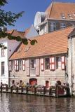 Canal à Bruges images libres de droits