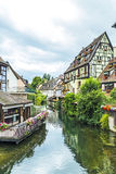 Canal à peu de Venise à Colmar, France Photos stock