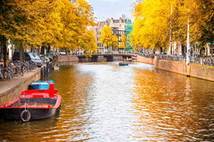 A canal in Amsterdam during the autumn Royalty Free Stock Photography