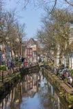 Canal avec des boutiques au centre d'Amersfoort Photos stock