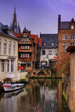 Canal belga da cidade Imagem de Stock Royalty Free