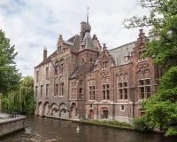 Canal Bélgica de Brujas Imagen de archivo libre de regalías