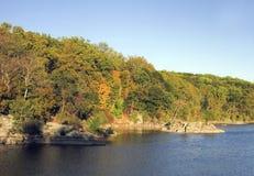 Canal coloré d'Autumn Foliage By C&O Image libre de droits