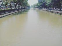 Canal d'approvisionnement en eau photographie stock libre de droits