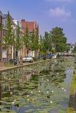 Canal da água da louça de Delft Fotografia de Stock Royalty Free