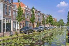Canal da água da louça de Delft Fotos de Stock Royalty Free