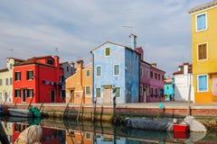 Canal da ilha de Burano fotos de stock