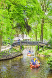 Canal dans Giethoorn, Pays-Bas Images stock