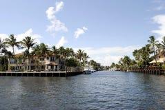 Canal dans le Fort Lauderdale Image libre de droits