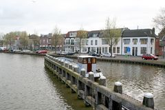 Canal dans le purmerend Images stock