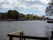 Canal de Amstel, Amsterdam, Holanda, Países Bajos imagen de archivo libre de regalías