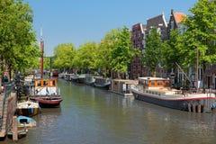 Canal de Amsterdam fotos de archivo