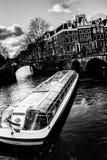 Canal de Amsterdams fotografia de stock