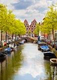 Canal de Haarlem, Hollandes Photos stock