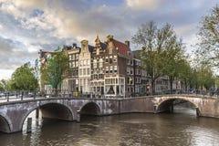 Canal de Keizersgracht en Amsterdam, Países Bajos Imagen de archivo libre de regalías