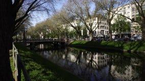 Canal de Konigsallee, Dusseldorf vídeos de arquivo