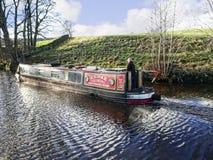Canal de Leeds Liverpool en Salterforth en el campo hermoso en la frontera de Lancashire Yorkshire en Inglaterra septentrional Imágenes de archivo libres de regalías
